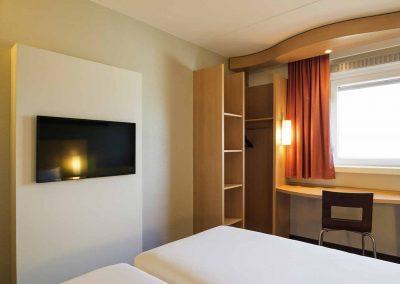 Hotel-Ibis-Utrecht-Twin-Ruimte-Kussenzicht